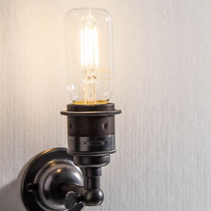 LED-Filament in Sconce