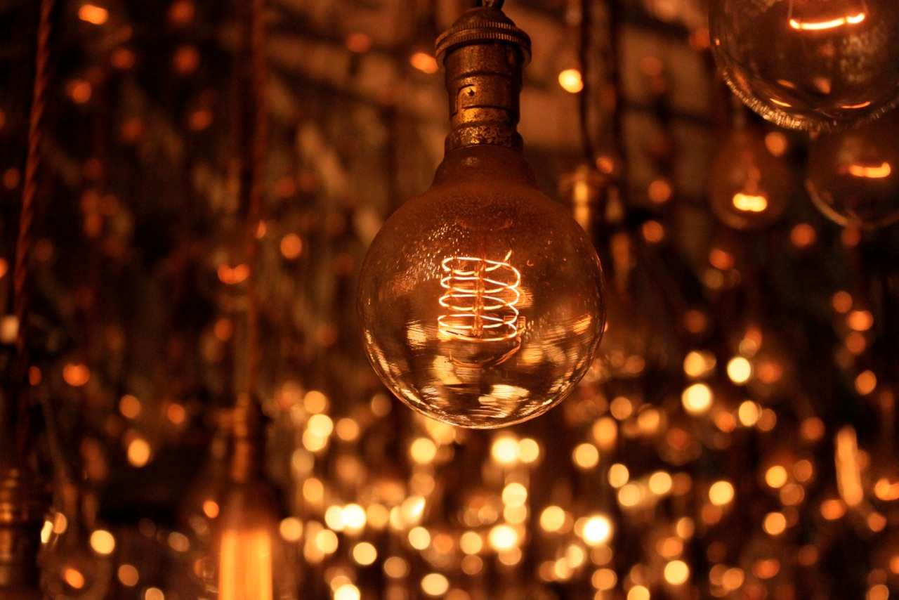 theatre lighting - filament bulbs