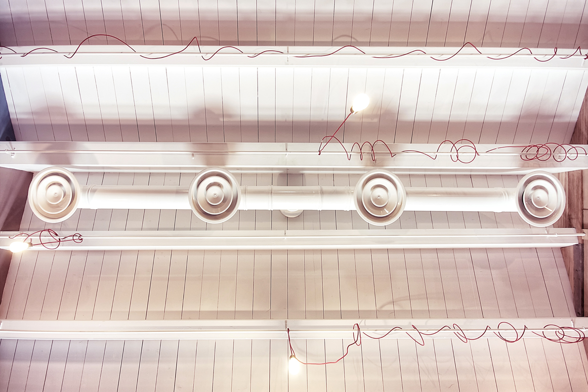 fabric cable on the ceiling at 4/Quarti, Sicily